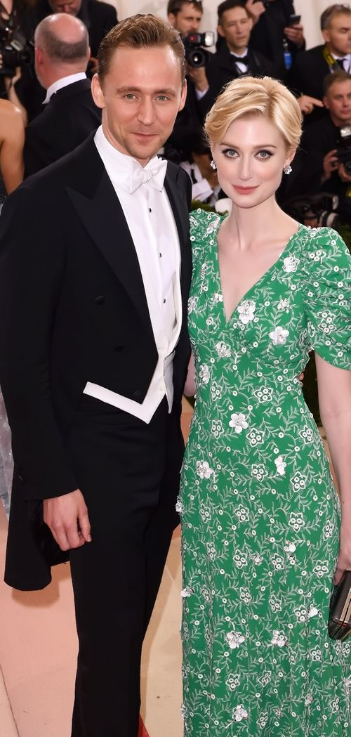 Elizabeth Debicki And Tom Hiddleston Attend The Manus X Machina Fashion In An Age Of Technology Costume Institute Elizabeth Debicki Fashion Beautiful People