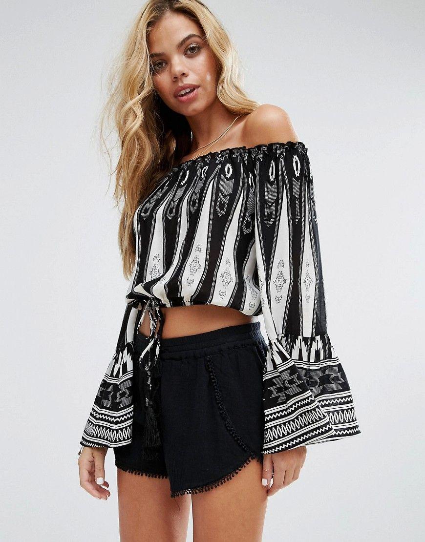 Compra Top hombros descubiertos de mujer color negro de Surf Gypsy al mejor  precio. Compara precios de tops de tiendas online como Asos - Wossel España