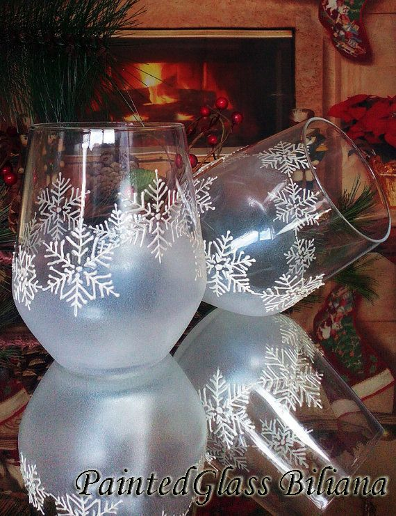 Set Of 2 Hand Painted Stemless Wine Toasting Glasses Snowflake