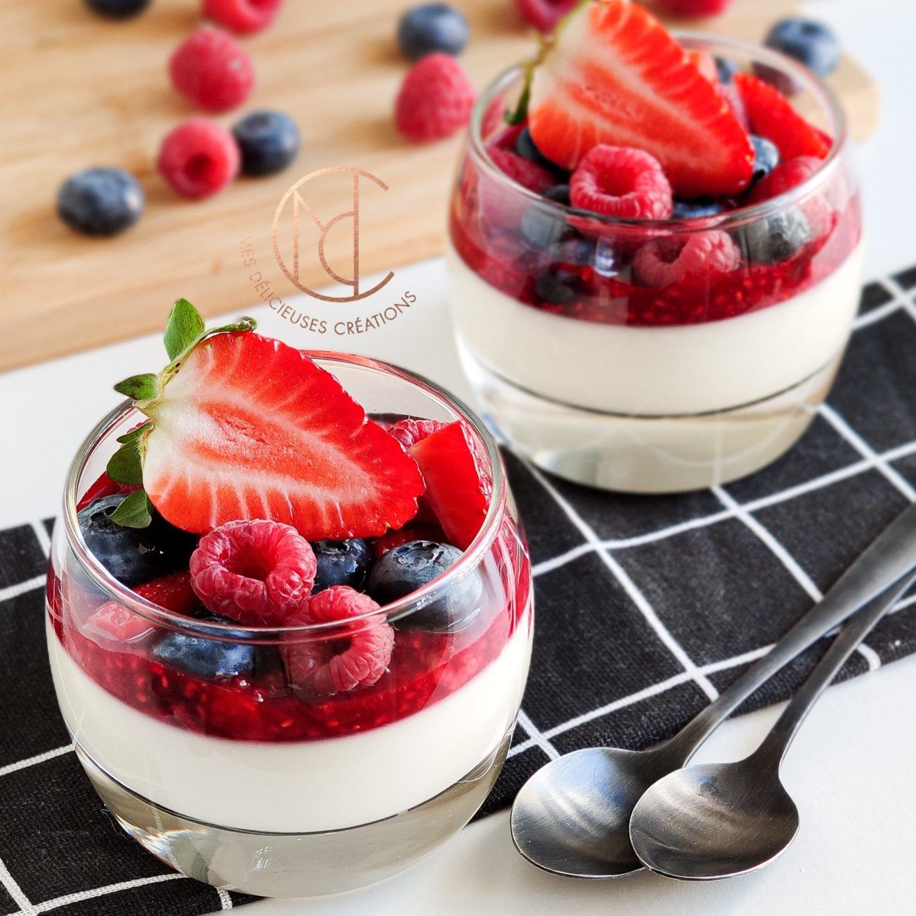 Panna cotta chocolat blanc FRUITS ROUGES