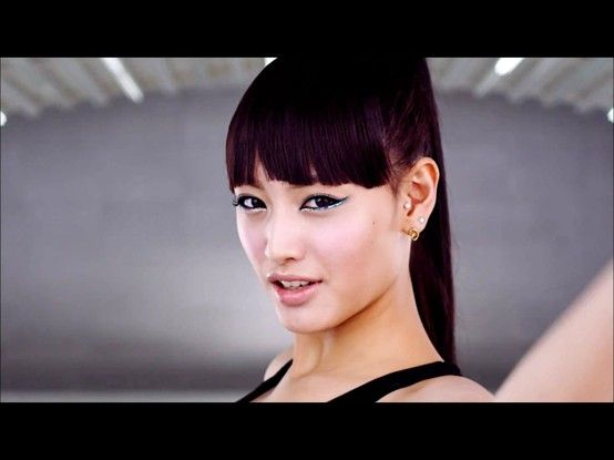 Singer from Rainbow's A MV.