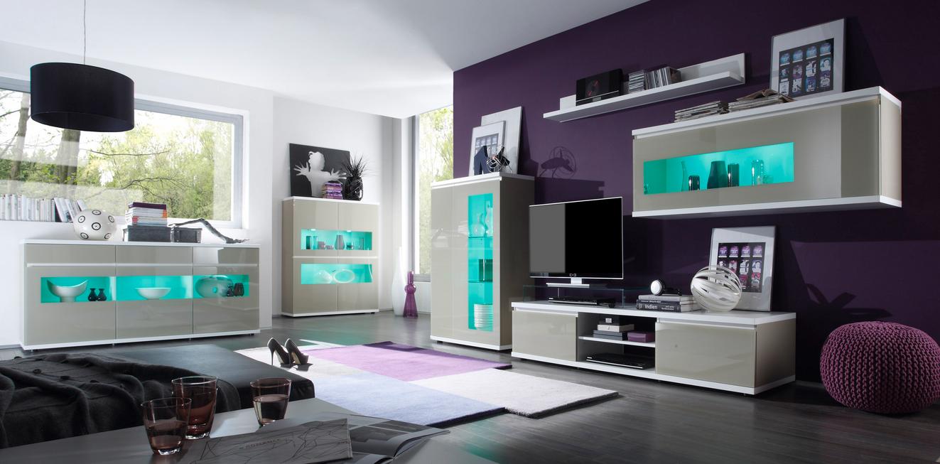 Stylische wohnzimmer Das Zimmer mit einem charmanten modernen Stil ...
