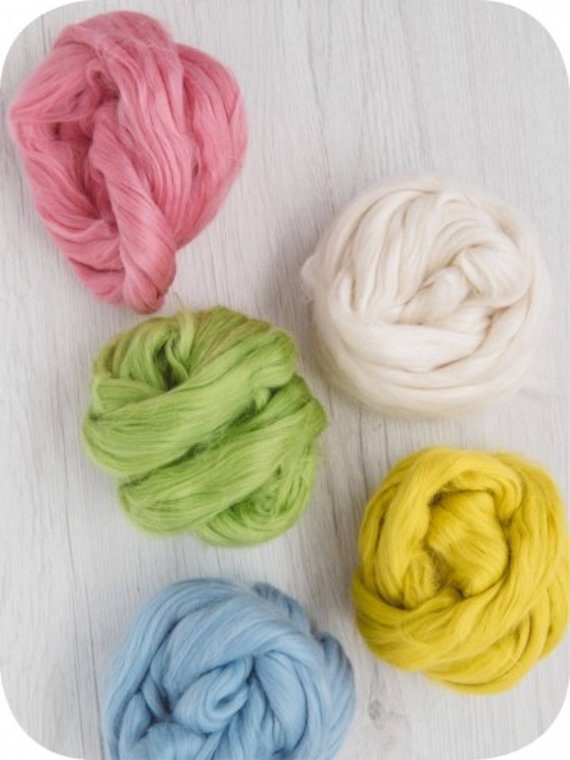 Assorted Ends//Waste from Wool Tops//Roving