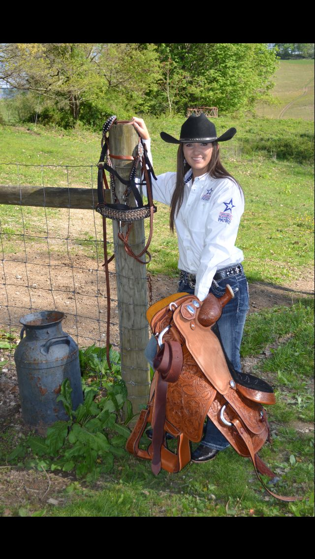 Cowgirl Senior Pictures Barrel racing outfits, Country