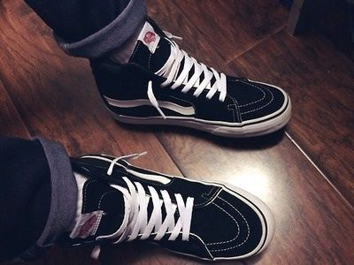 How To's Wiki 88: How To Lace Vans