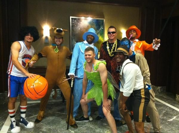 this is hilarious! chipper with the rookies!