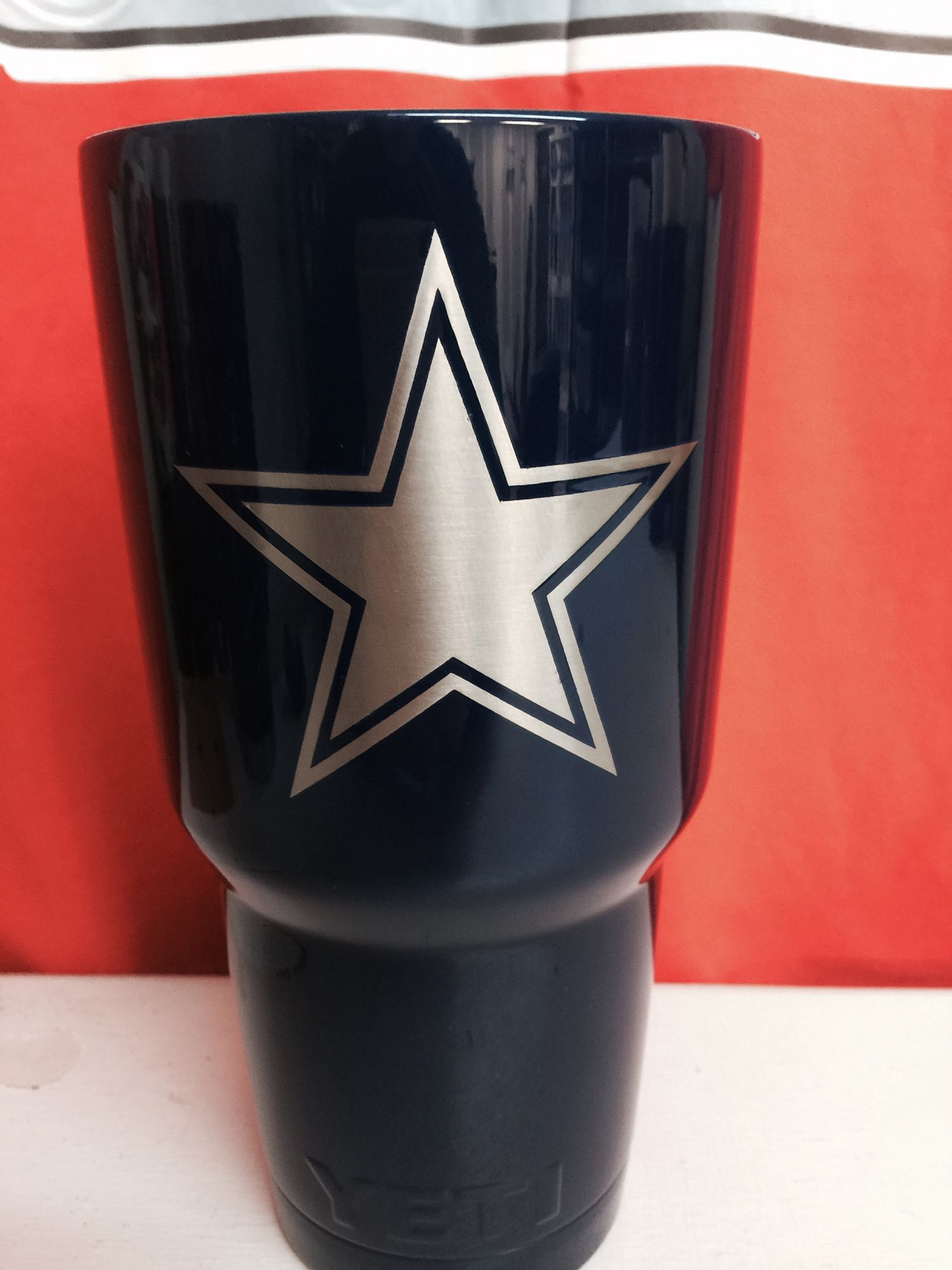 Dallas Cowboys Star Peel Off Over Stainless 30oz Yeti Cup