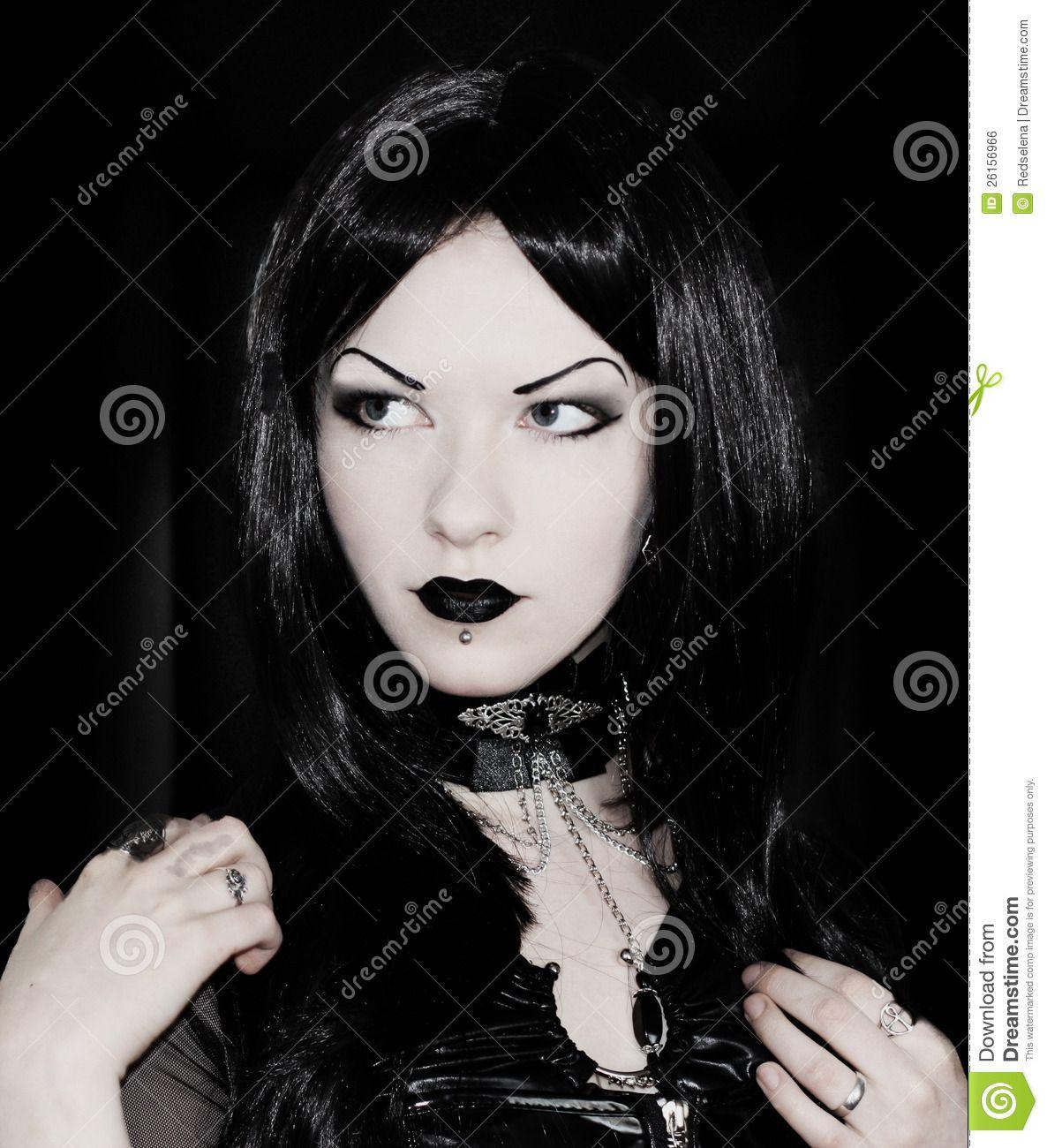 Free naked goth girl pics 12