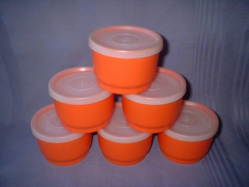 TUPPERWARE 4 oz ORANGE Snack Cup 1229 with lid
