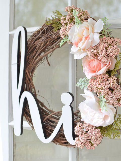 10 summer wreaths that will brighten your front door this for Diy summer wreath