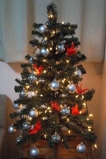 my japanese christmas tree decorated with orizuru paper cranes blog homeandawaywithlisa - Japanese Christmas Tree Decorations