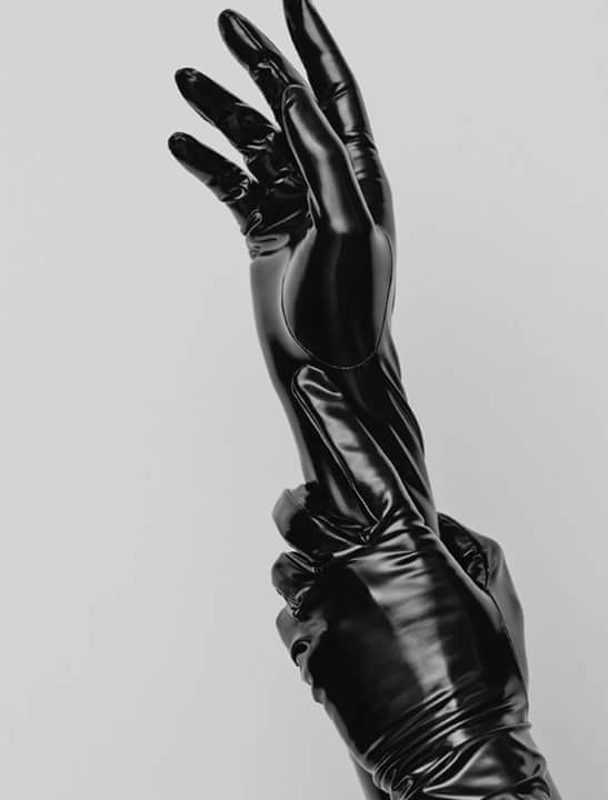 bettinewyork:  gloves