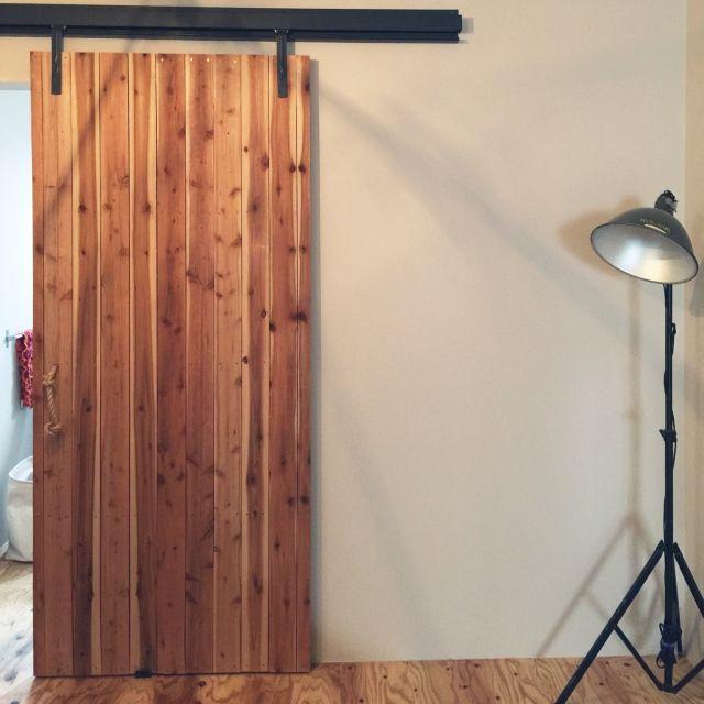 お部屋の入り口が変わる こだわりのドアで作るインテリア 引き戸