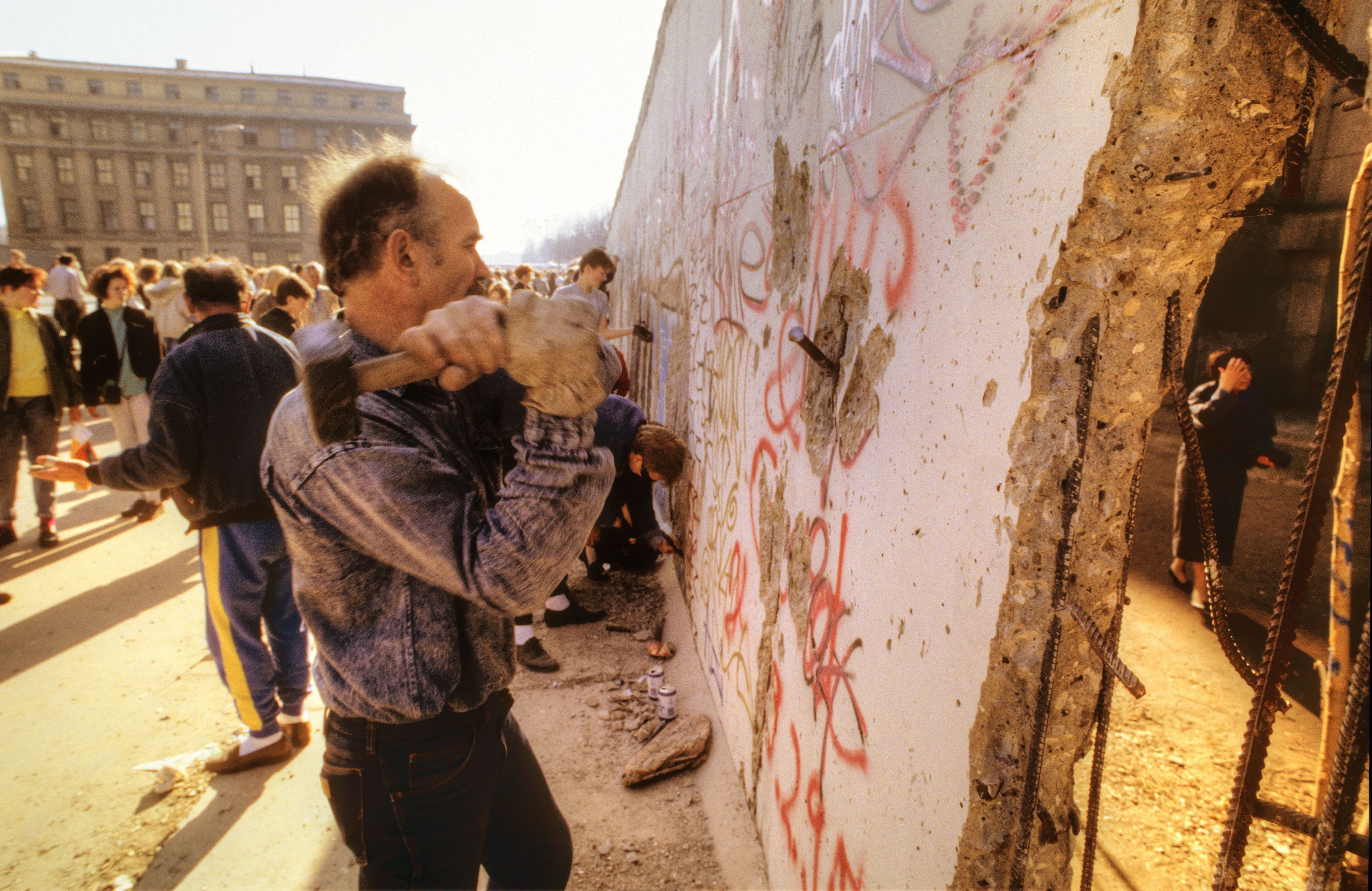 All About The 28 Year History Rise And Fall Of The Berlin