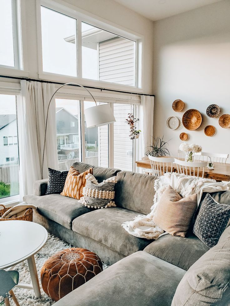 An Easy Way To Make Your Living Room Extra Cozy - The Blush Home -   16 home decor for  living room modern cozy ideas