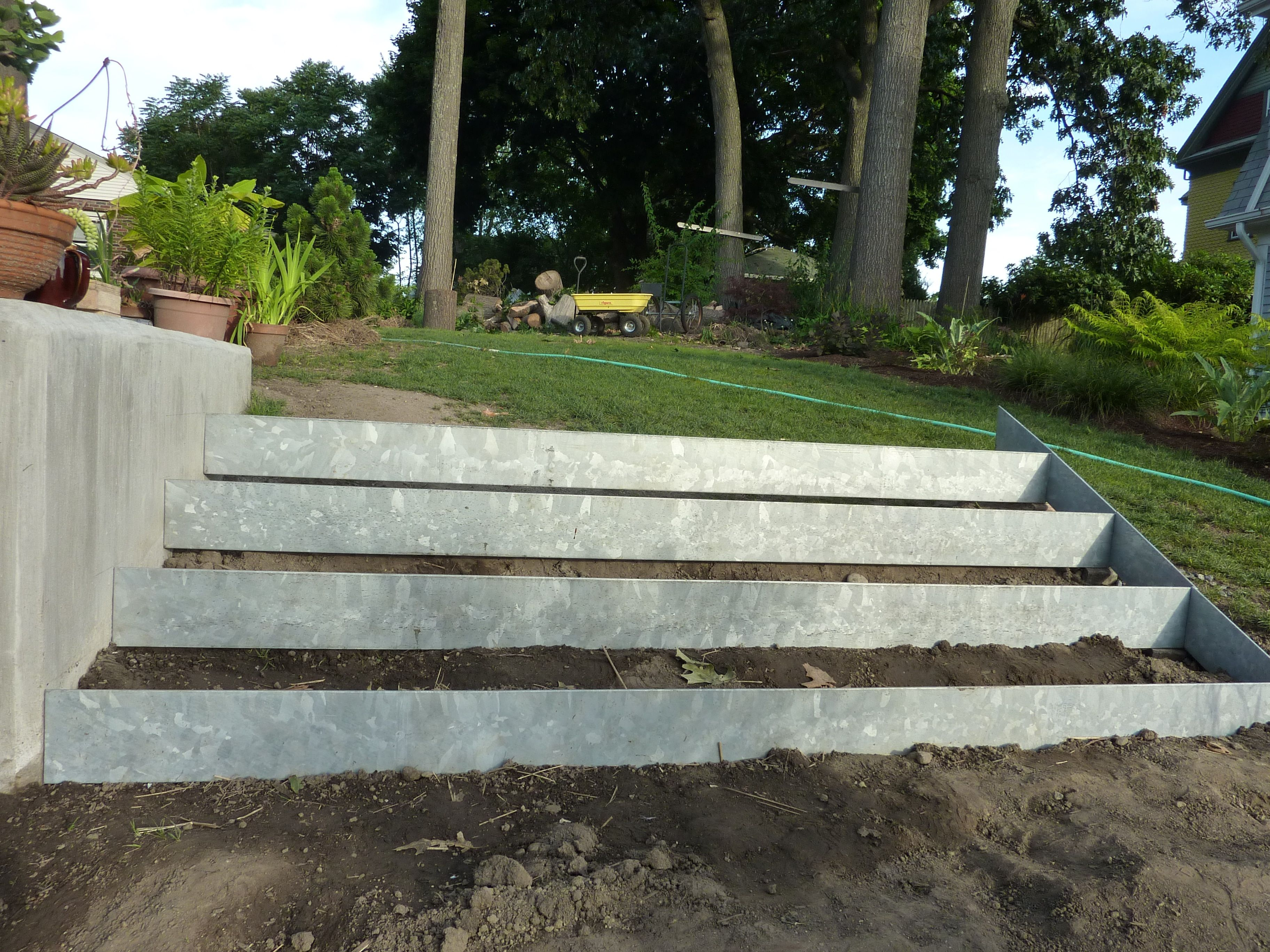 How To Make A Metal Retaining Wall Google Search Steel Retaining Wall Retaining Wall Retaining Wall Cost