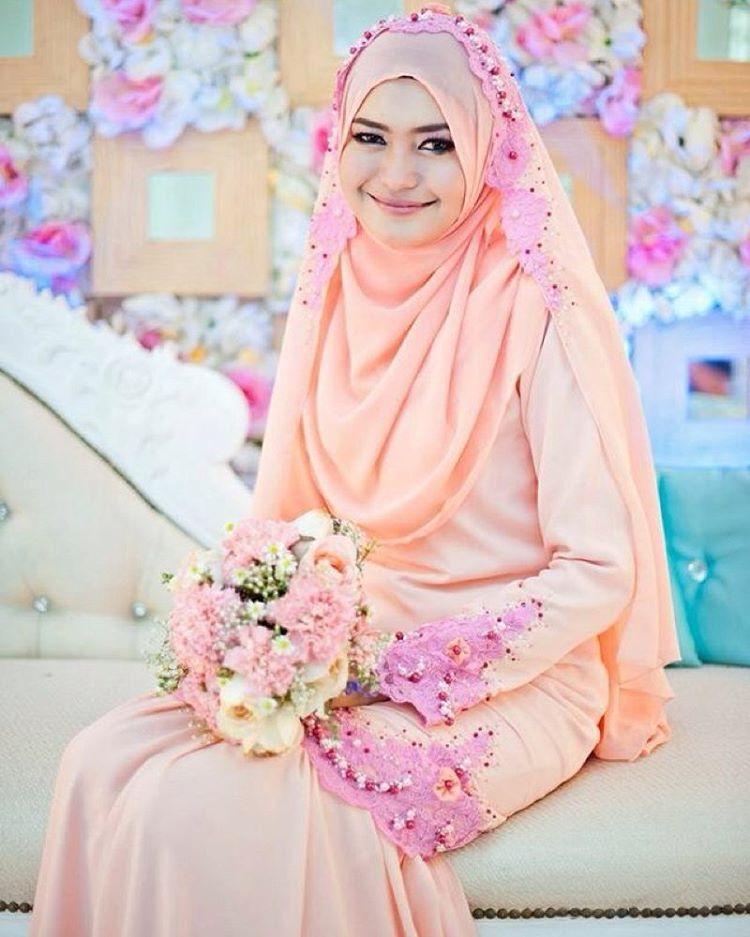 See this Instagram photo by @syaribrides • 484 likes   Muslim Bridal ...