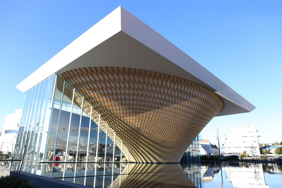 Opening Today 2c The Scheme Is Articulated Around An Inversely Shaped Latticed Cone That References The Shape Of T Shigeru Ban Public Architecture Architecture