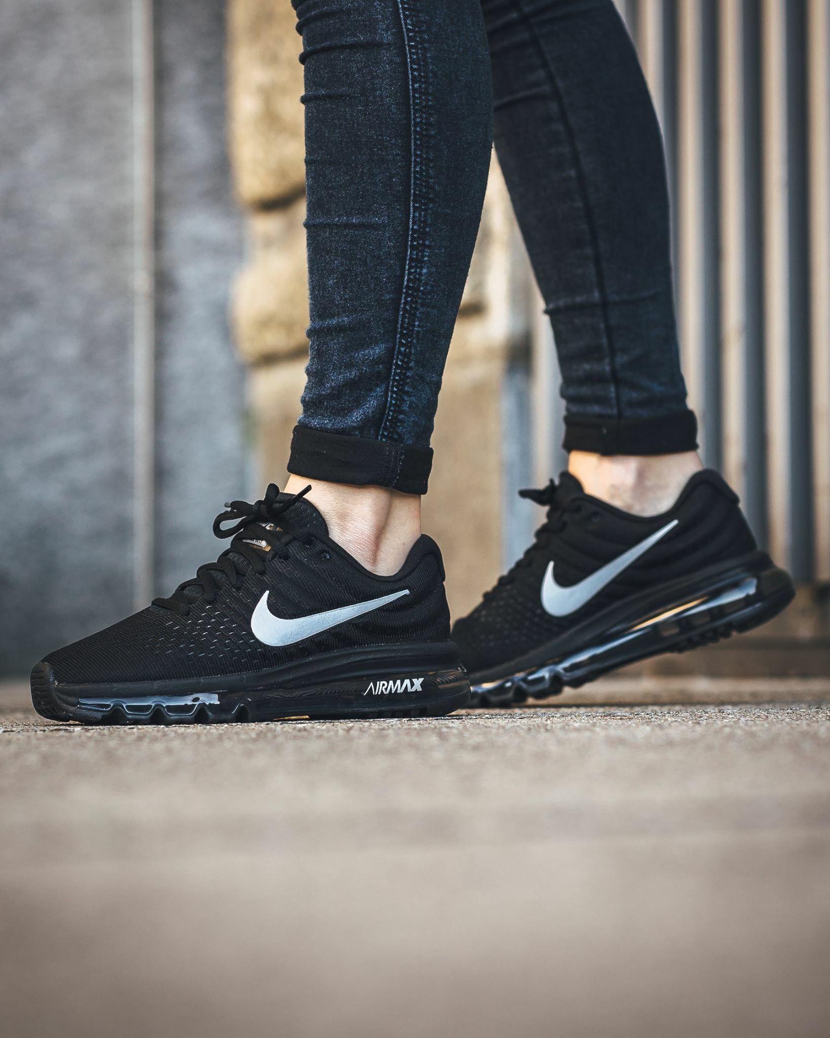 zapatillas nike negras mujer 2019