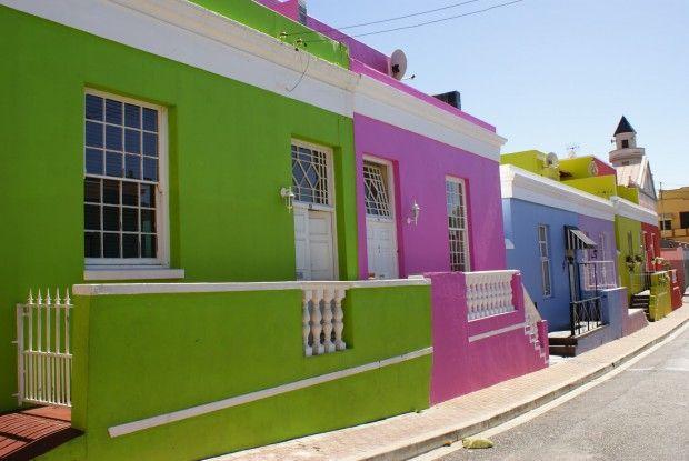 Colores fuertes para fachadas de casa colores para for Colores para exteriores de casa