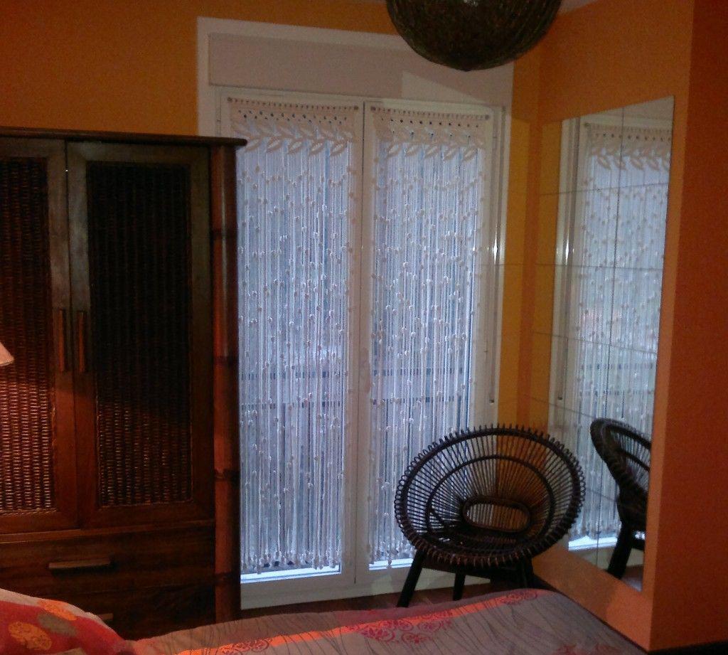 Visillo de macram para ventana macram cortinas - Como hacer cortinas para puertas ...