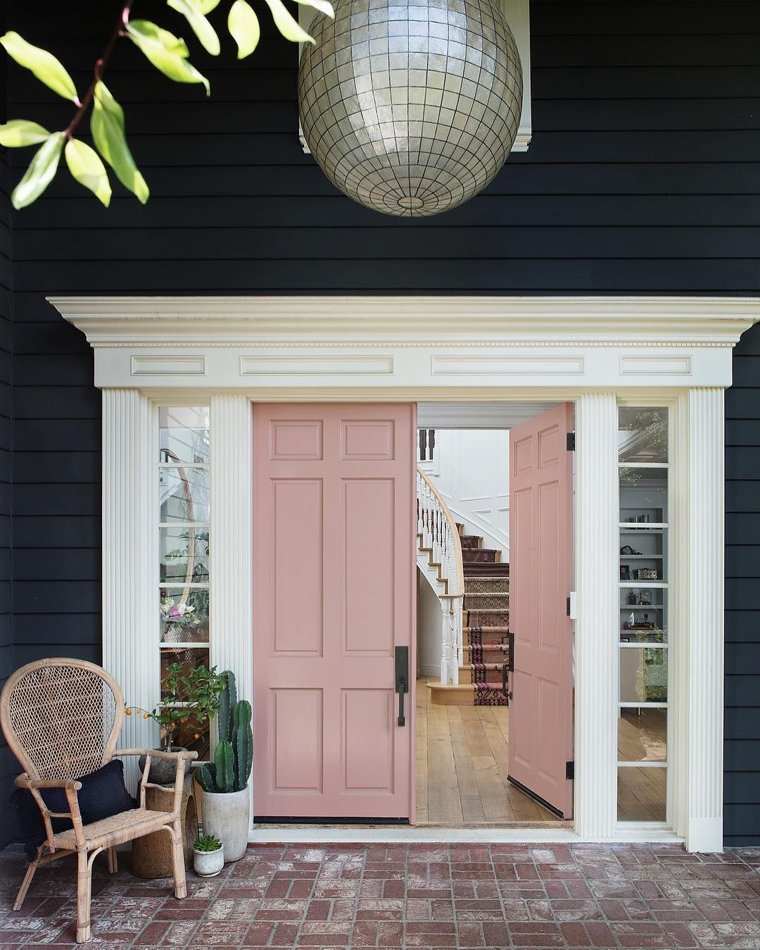 Pink Door Black Exterior In 2019 Front Door Paint Colors