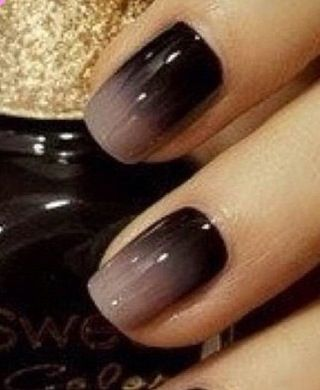Go Gray In May Nail Ideas Ombre Black And Gray Nails Sns Nails Colors May Nails Brown Nails Design