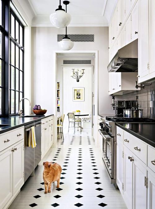 22 best farmhouse kitchen decor and design ideas to fuel your rh pinterest co uk