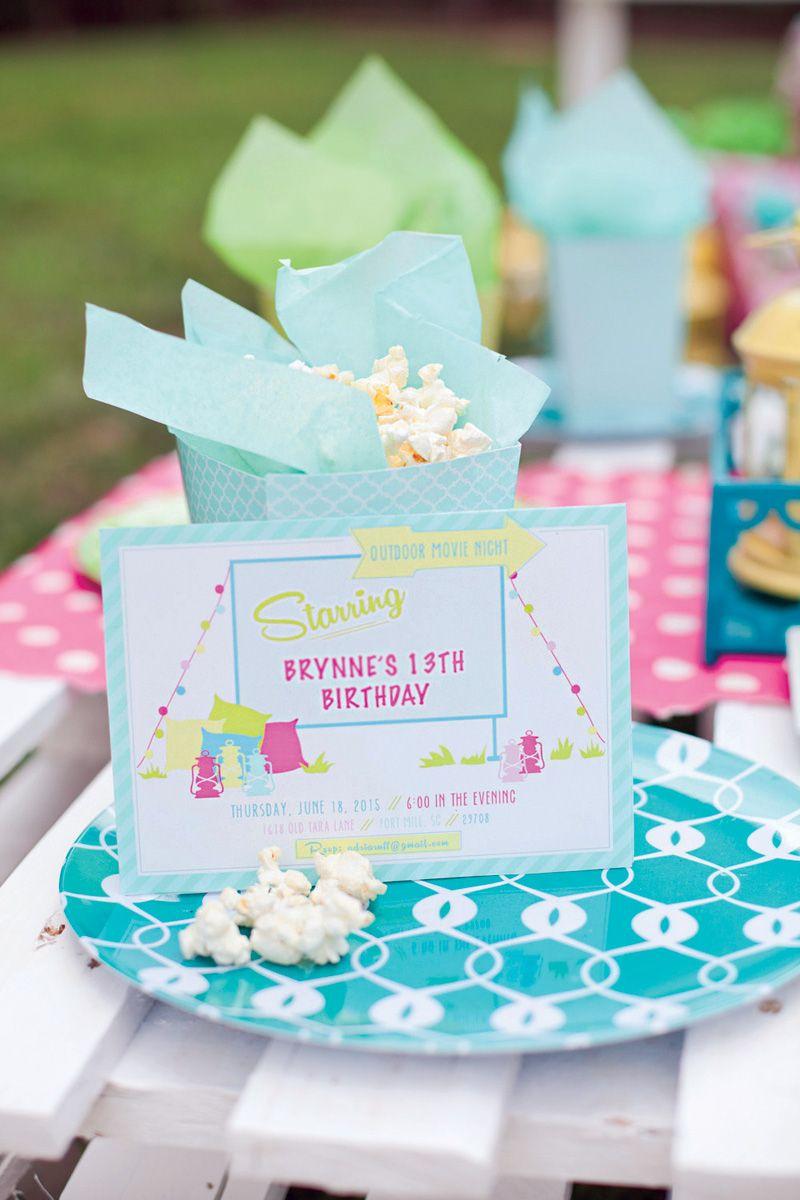 Trendy Outdoor Movie Night Teen Birthday Party Geburtstagsideen