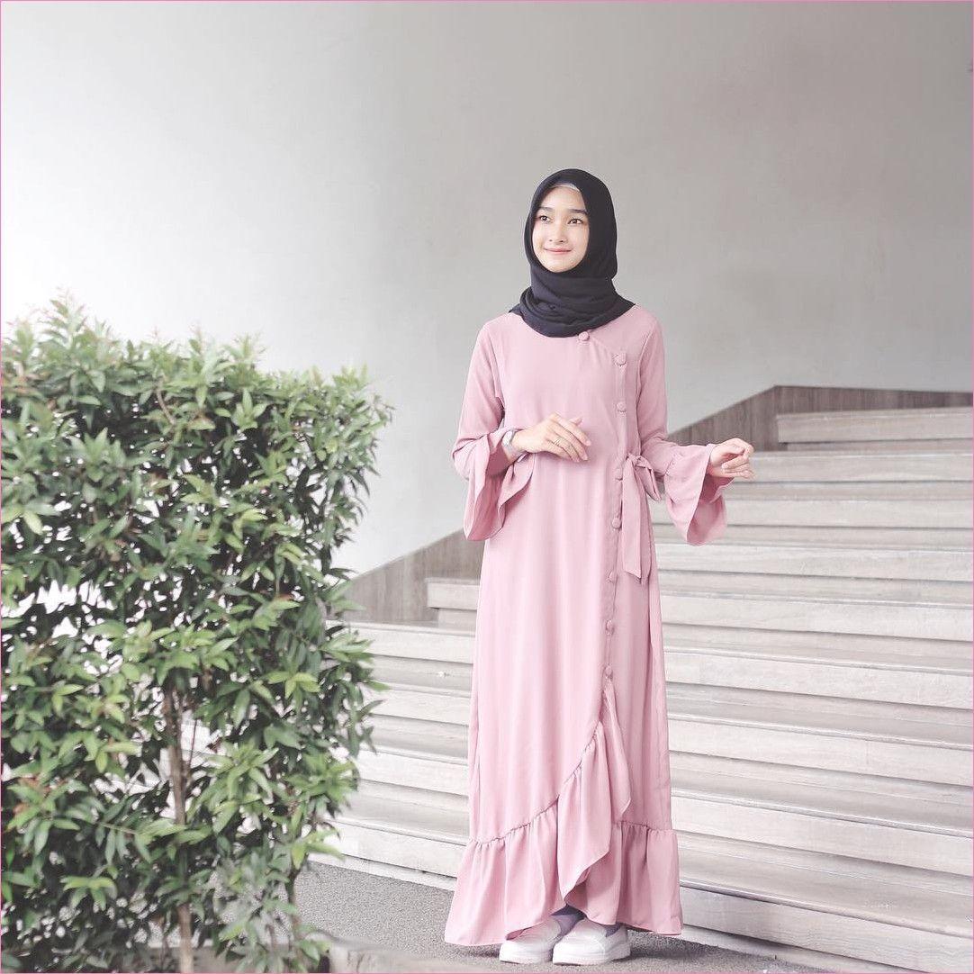 Outfit Baju Hijab Casual Untuk Perempuan Gemuk Ala Selebgram 2018 Wanita Cantik Katun Hitam Rok 05 Kets Sneakers Lace Ups Flatshoes Ciput