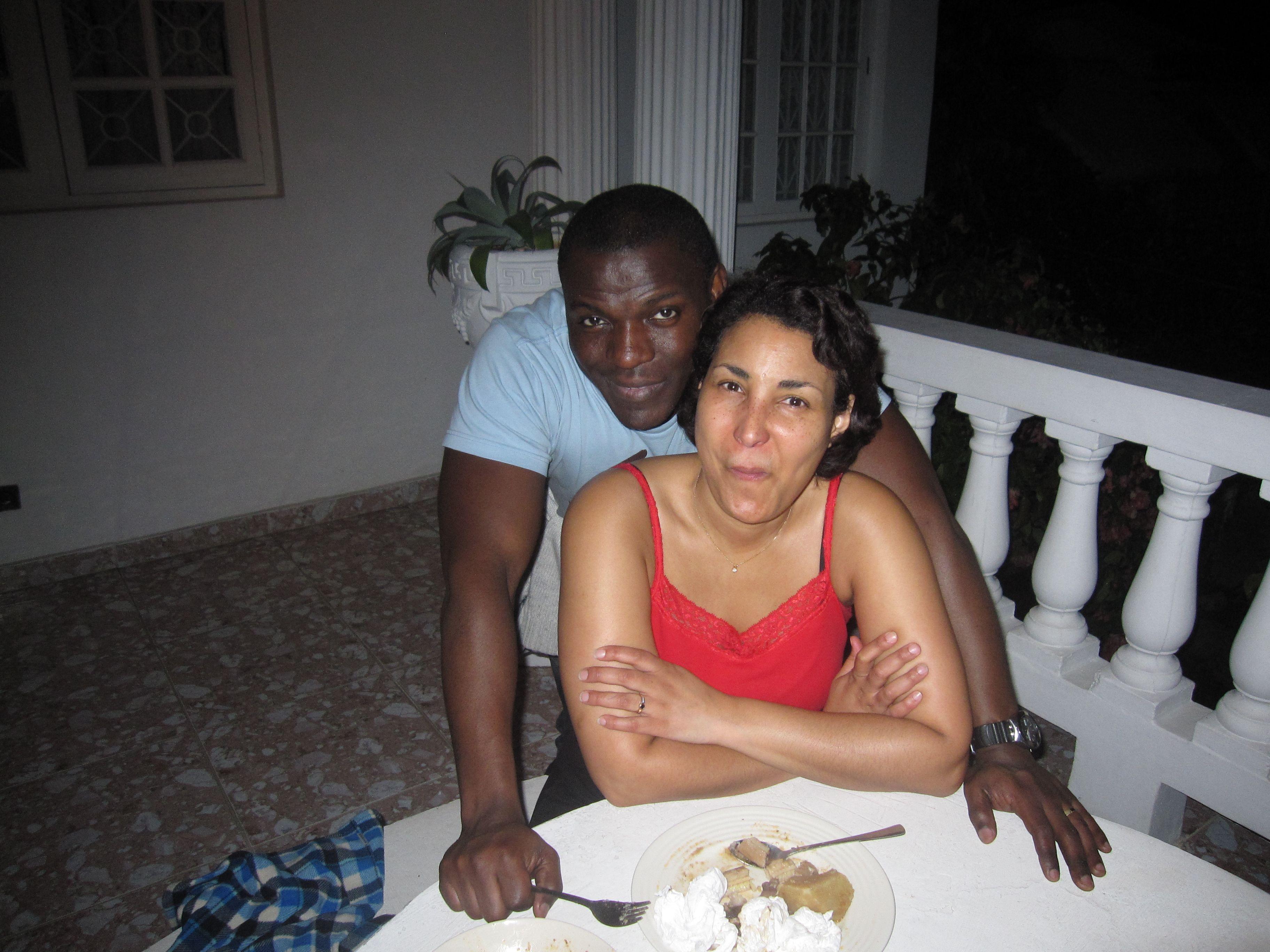FANTASTIC VILLA NEAR THE HIP STRIP & BEACH IN MONTEGO BAY, JAMAICA  Visit us on http://www.paradisepalmsjamaicavilla.com