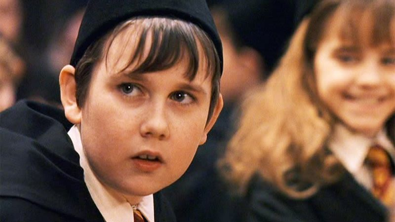 Remember Neville Longbottom From Harry Potter Well He Got Rich Making 8 000 A Week Working From Home So Simple And You Can Too Matthew Lewis Neville Longbottom Neville Longbottom Aesthetic