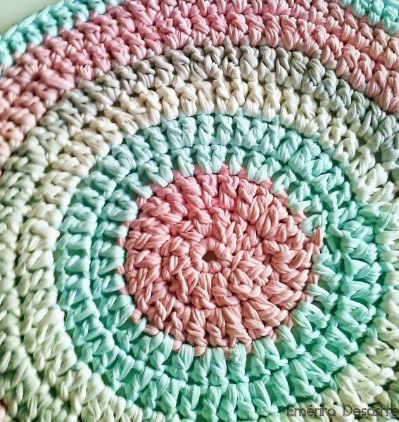 Em rita desastre diy alfombra de trapillo para beb for Tejidos de alfombras