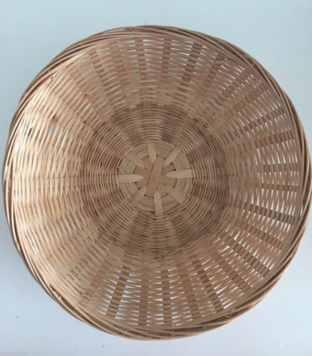 100 new round cane baskets bulk lot gifts promotion business xmas 100 new round cane baskets bulk lot gifts promotion business xmas easter florist florists promotion and xmas negle Image collections