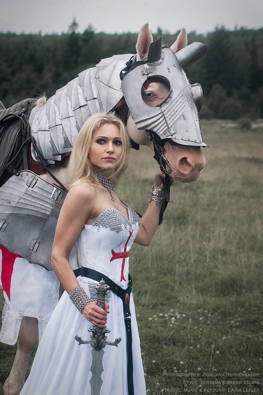 осень, поиск моделей для фотосессии рыцарь москва привыкли