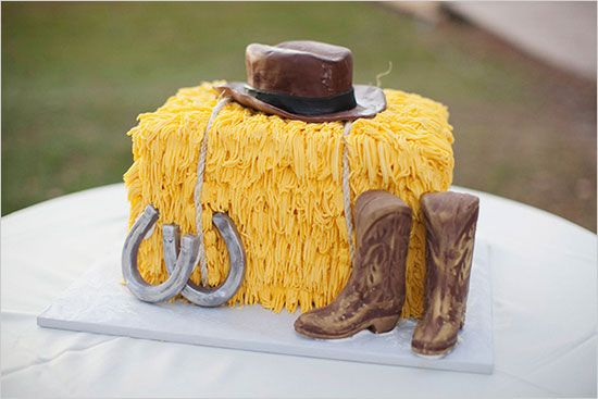Fall Cakes Hay Bale