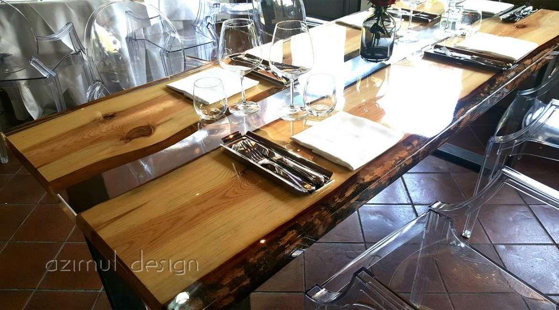 Tavolo con sezioni di legno di pino annegate in resina trasparente azimut resine table with pine - Tavoli in legno e resina ...