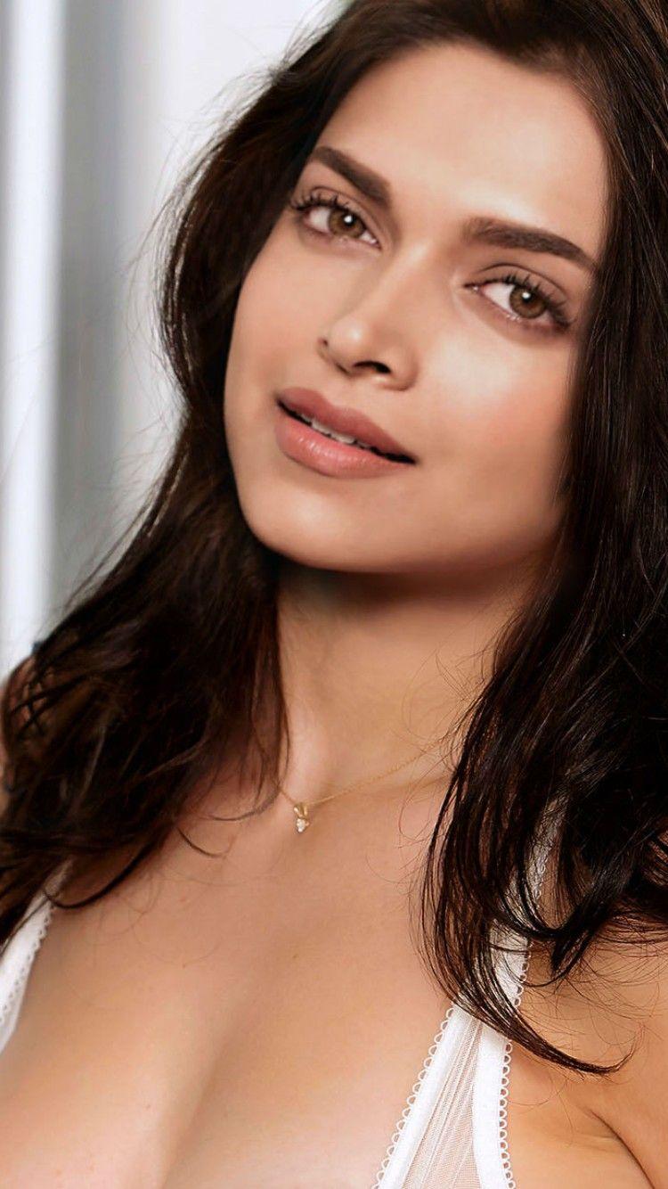 Follow Me Vanshika Sharma  Deepika Padukone Hot -2673