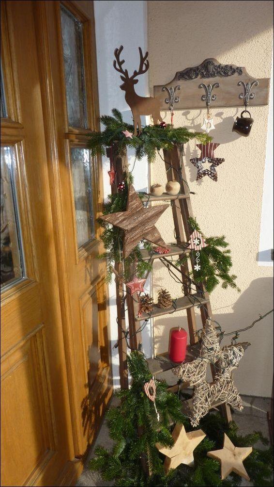 Machen Sie Ihr Haus gemütlich und behaglich mit diesen 11 #rustikaleweihnachten Machen Sie Ihr Haus gemütlich und behaglich mit diesen 11 ... | Weihnactsdeko Draussen ☃ #weihnachtsdeko #weihnachten #weihnachtszeit #weihnachtsbraten #weihnachtsbäckerei #weihnachtsbaum #weihnachtenbilder #like #love #new #homedecor #quotes #newyear ☃️ #weihnachtsdekohauseingang