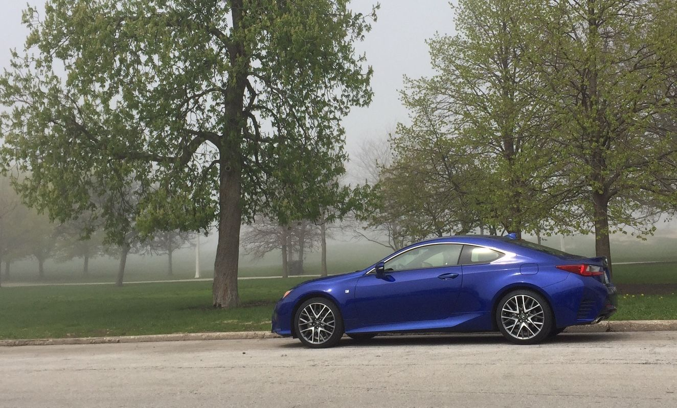 2015 Lexus RC 350 Sporty coupe debuts in Lexus lineup