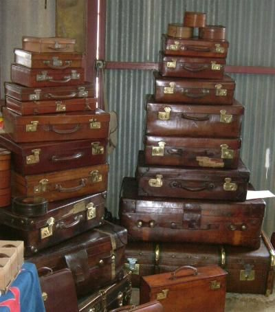 Vintage Luggage Gazetteer; Explains the different types of luggage ...