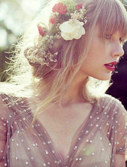 Taylor Swift Red テイラー スウィフト アマツバメ 春コーディネート