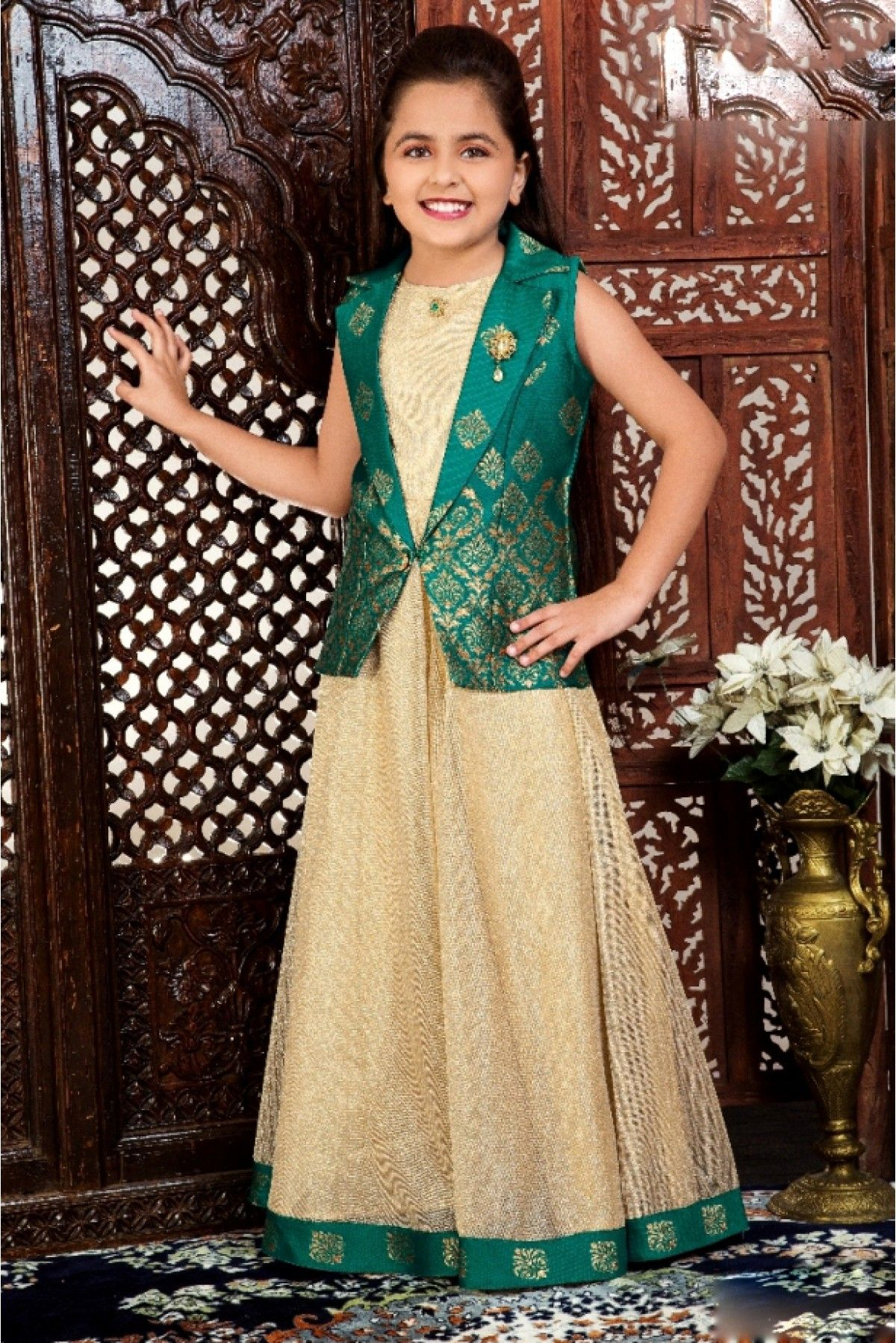 520c9806df4c On this new year eve gift your kids a designer gown and Send your best  wishes on this auspicious occasion.