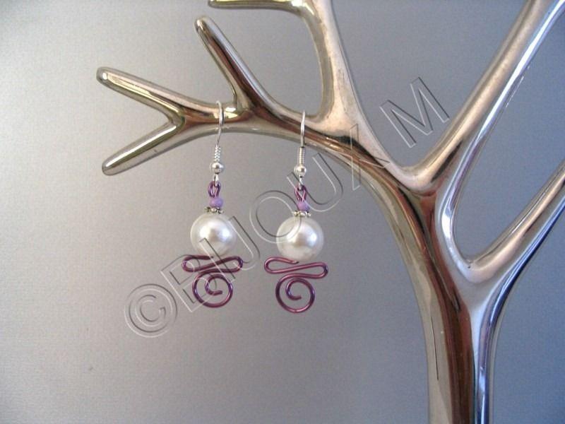 Bijoux mariage parme boucles d'oreilles fantaisie parme et ivoire 'Arabesques' : Boucles d'oreille par bijoux-m