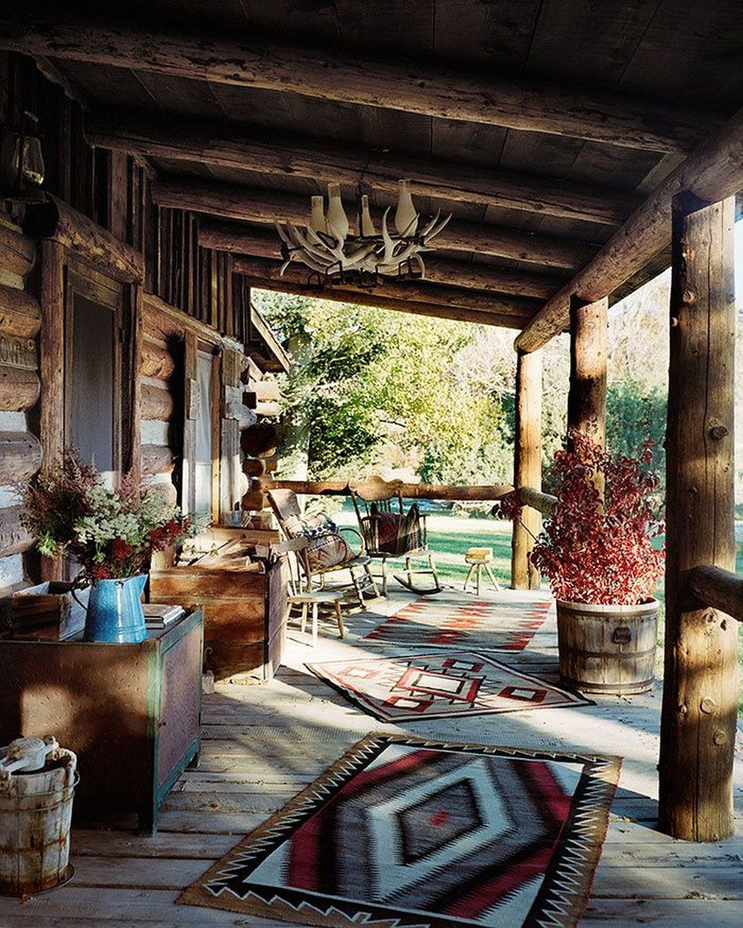 30 Cozy Home Decor Ideas For Your Home: 29 Beautiful Rustic Porch Decor Ideas For Your Home