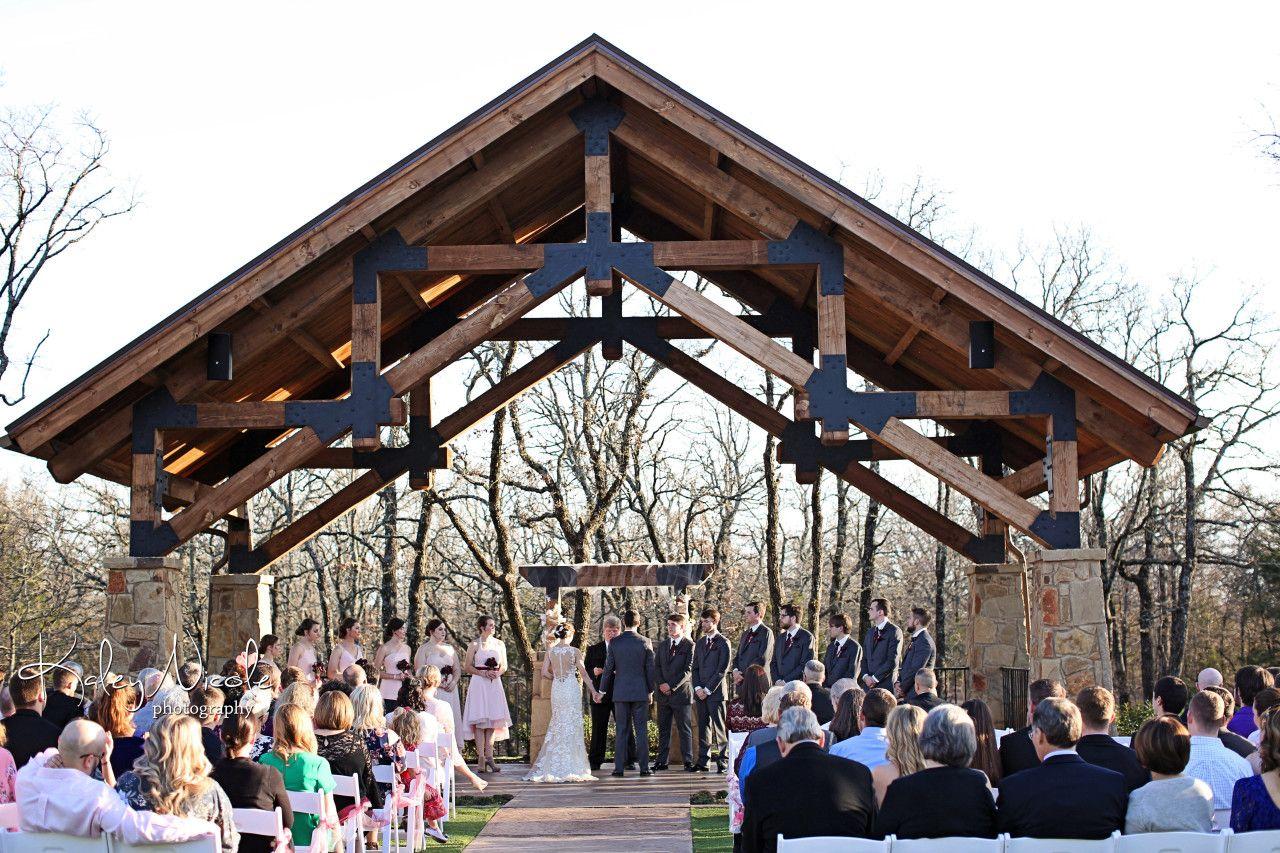 Lodge Wedding Venue in Denton Texas