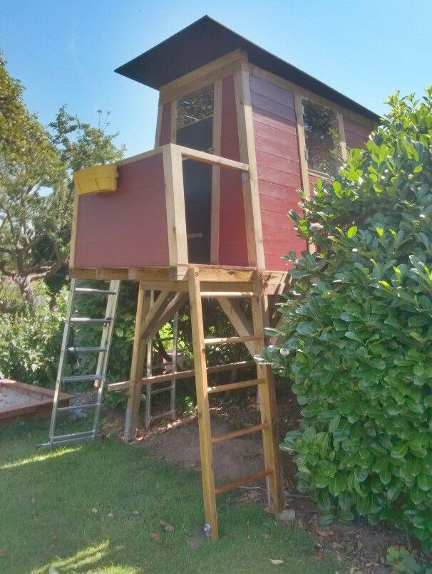 haus auf stelzen playing in a garden house das etwas andere spielhaus f r kinder der. Black Bedroom Furniture Sets. Home Design Ideas