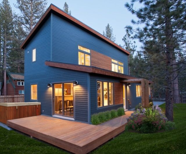 www.bluhomes.com The Evolution offers two-story living and ...