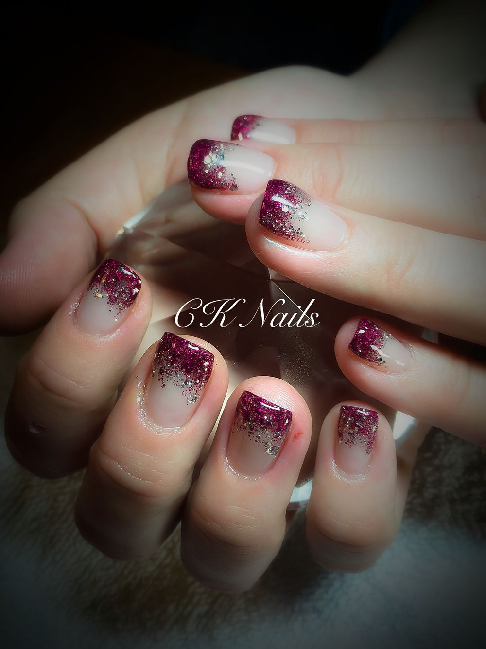 Gel Nails-Red Wine and Disco Ball dragging | Nägel | Pinterest