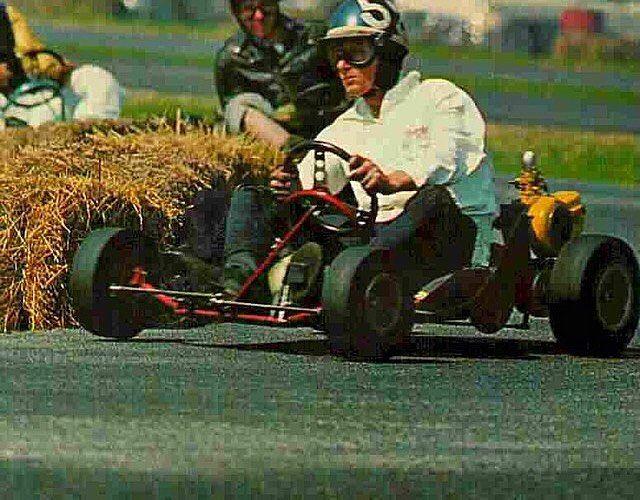Old school karting. _______________________________________________ #vintageracing #vintage #racing #racer #kart #karting #awesome #fun #cool #rad #oldschool #fast #twostroke